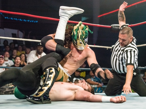 CHAMPIONSHIP WRESTLING FROM HOLLYWOOD CWFH-0007082