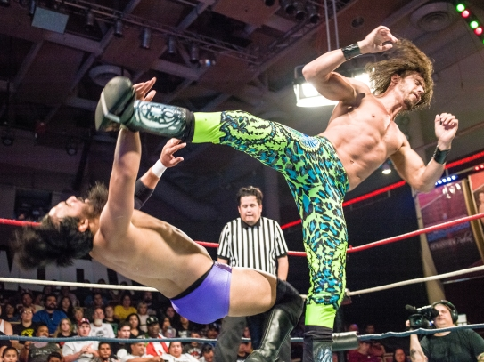 CHAMPIONSHIP WRESTLING FROM HOLLYWOOD CWFH-0007336