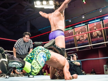 CHAMPIONSHIP WRESTLING FROM HOLLYWOOD CWFH-0007371