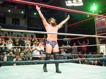CHAMPIONSHIP WRESTLING FROM HOLLYWOOD CWFH-0007387